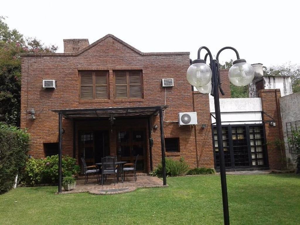 Casa 3 dormitorios a la venta Rosario. Donado y Morrison. Entrega Inmediata.