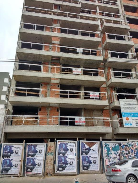 DEPARTAMENTO DE DOS AMBIENTES EN CONSTRUCCION- CENTRO BALLESTER