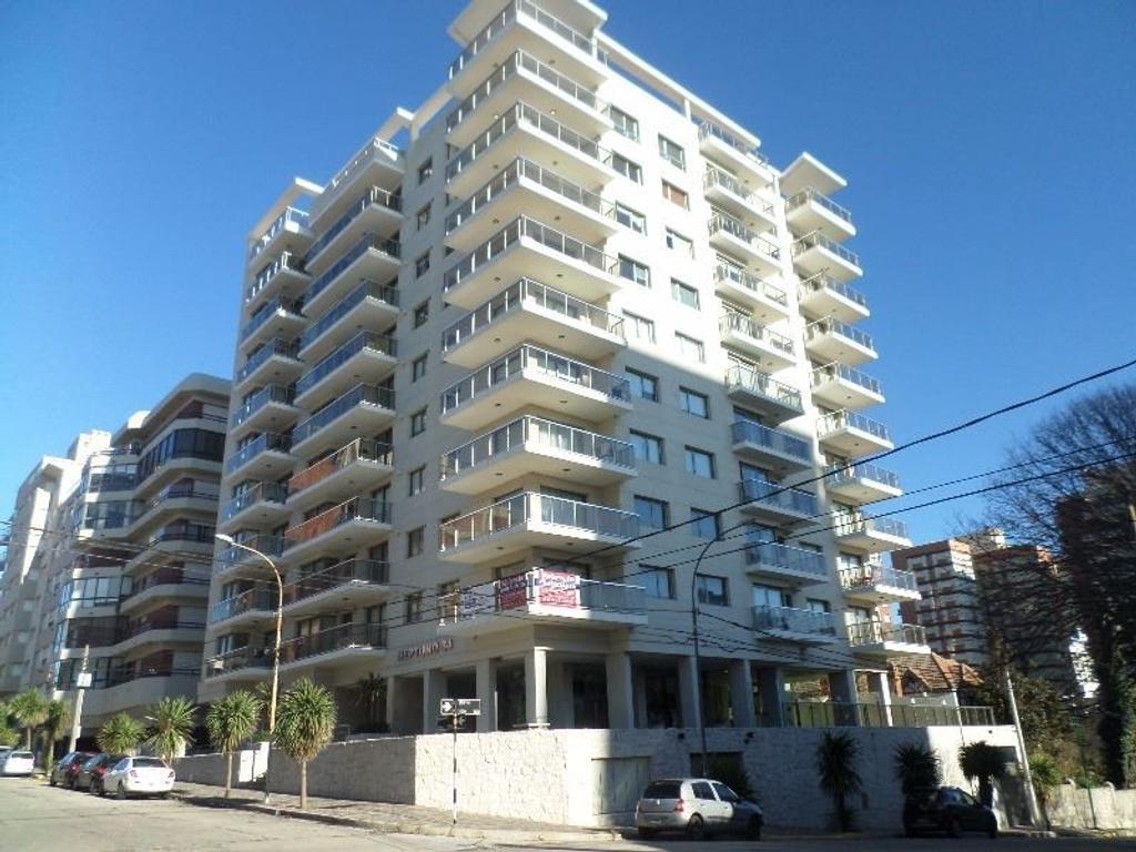 2 amb. c/ cochera y baulera | Edificio de categoría | NEPTUNO 34.