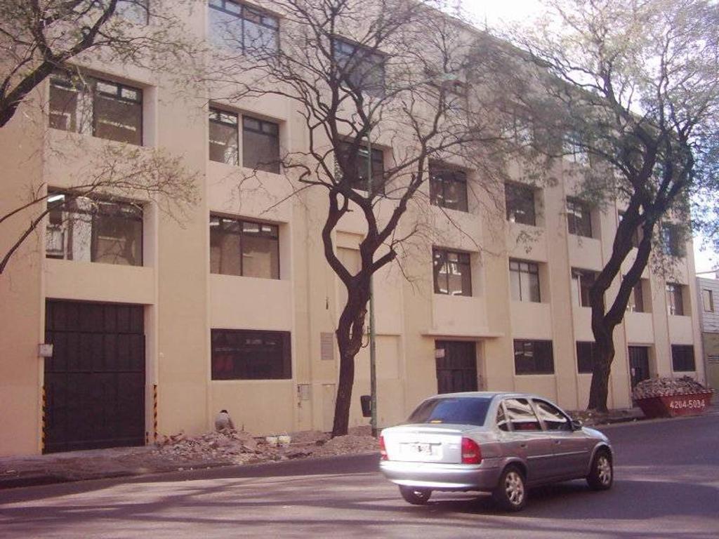 Depósito 6.500 m2 – Parque Patricios - E1