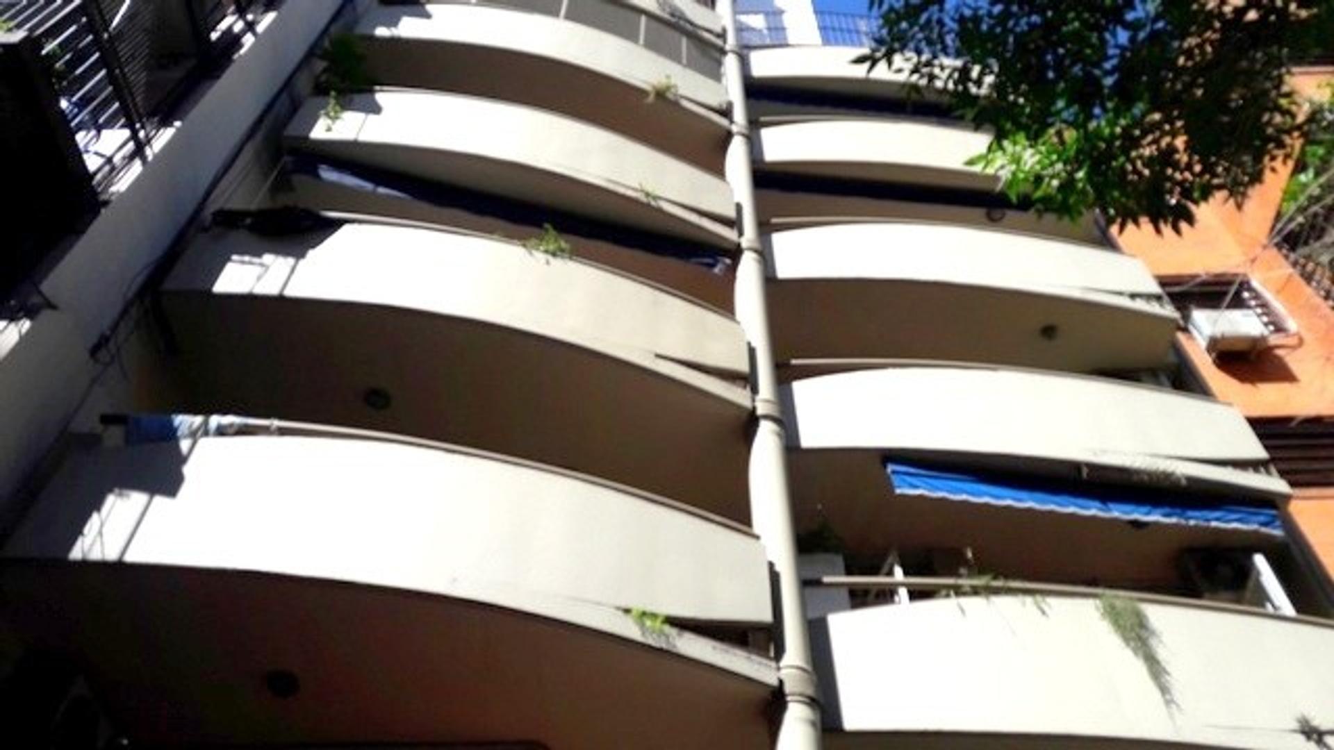 Departamento 2 ambientes. Balcón. Lafuente 226