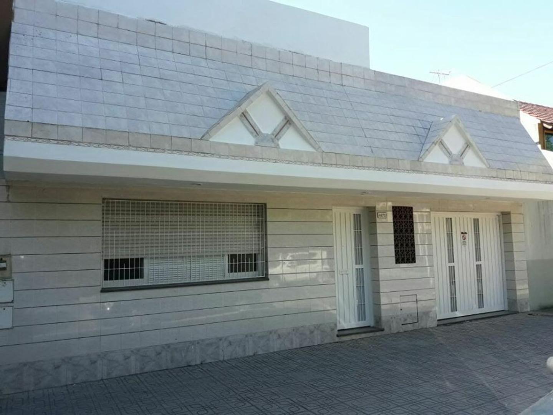 SAN BLAS  4675 CASA CUATRO AMBIENTES , ALQUILER