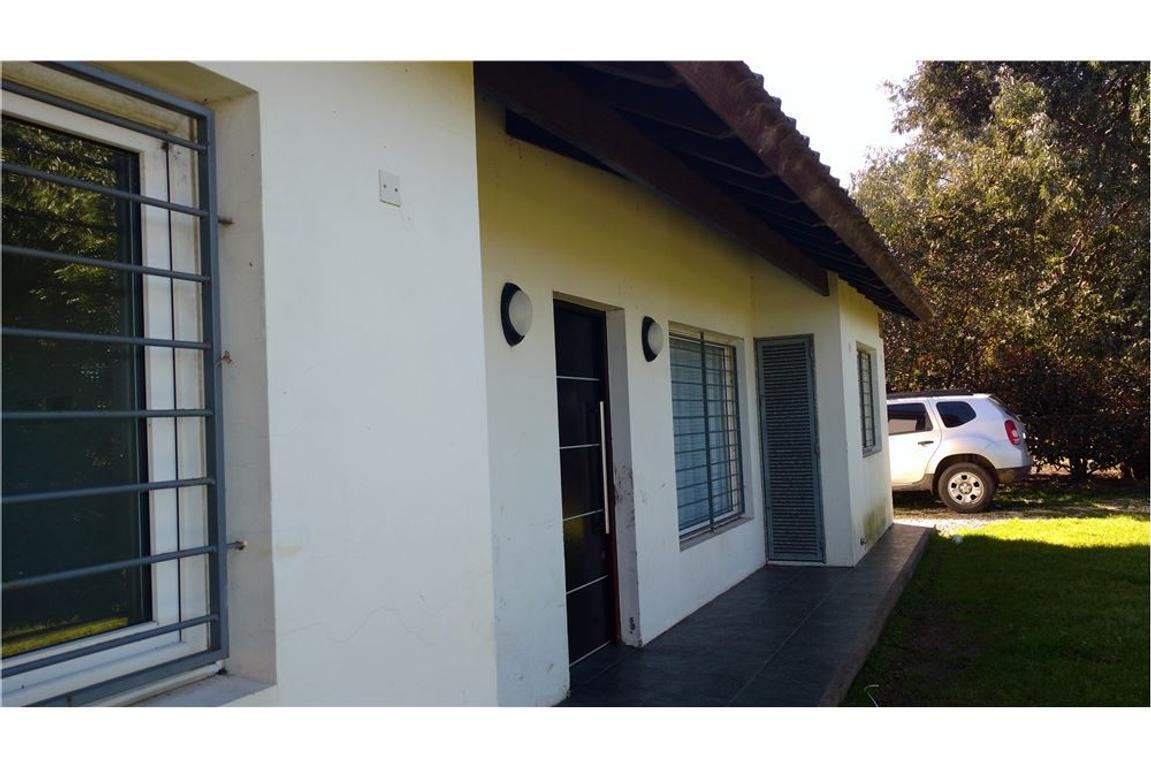 Casa impecable en Barrio Nuevo Golf Nuevo Precio!!