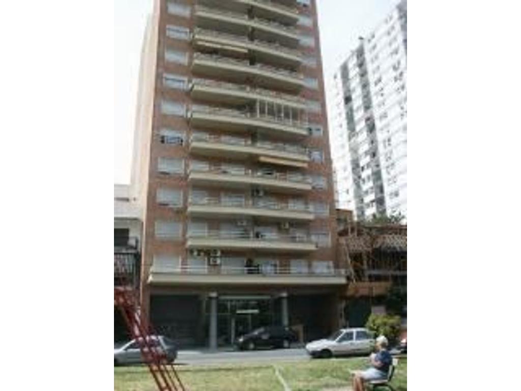 nuñez departamento alquiler torre de categoria frente balcon cochera baulera amenities
