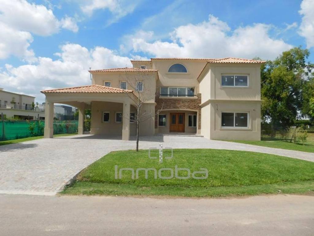 Inmoba - La Lomada, Casa en Venta en construcción