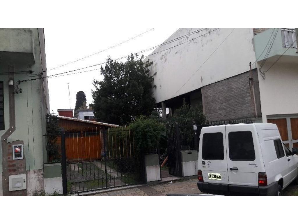 Casa en venta en libertad 5000 villa ballester for Jardin belen villa ballester