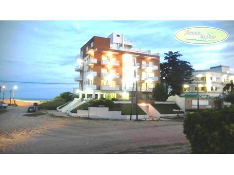 VILLA GESELL EDIFICIO A PASOS DE LA PLAYA . Hotel en Venta. 10 AMB., 10 DORM. - 541 M2., 1200 M2 CUB