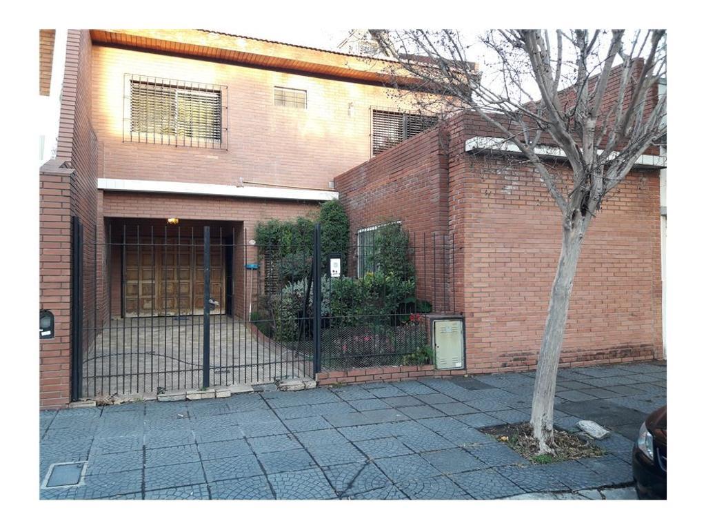 Casa 5 amb con Parque,quincho, piscina y garaje