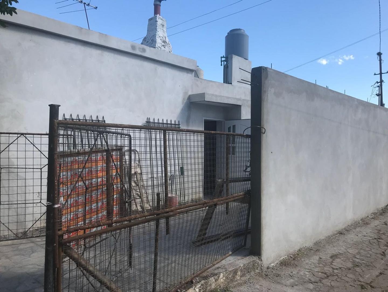 (GPA-GPA-1657) Casa - Venta - Argentina, Ituzaingó - Videla  2094