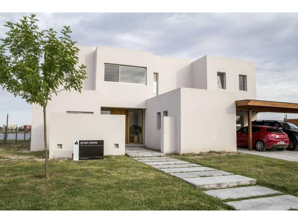 Casa en venta en San Gabriel, Villa Nueva