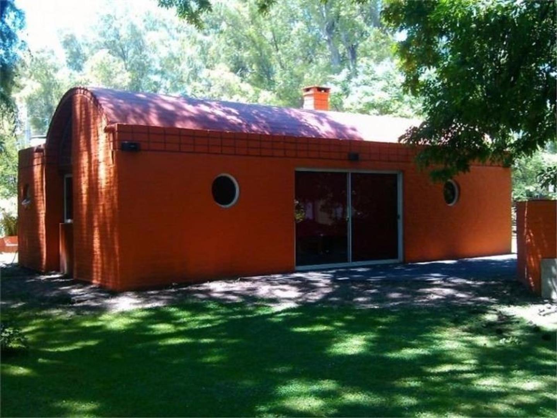 Casa tipo loft en Country El Potrero GBA zona oeste