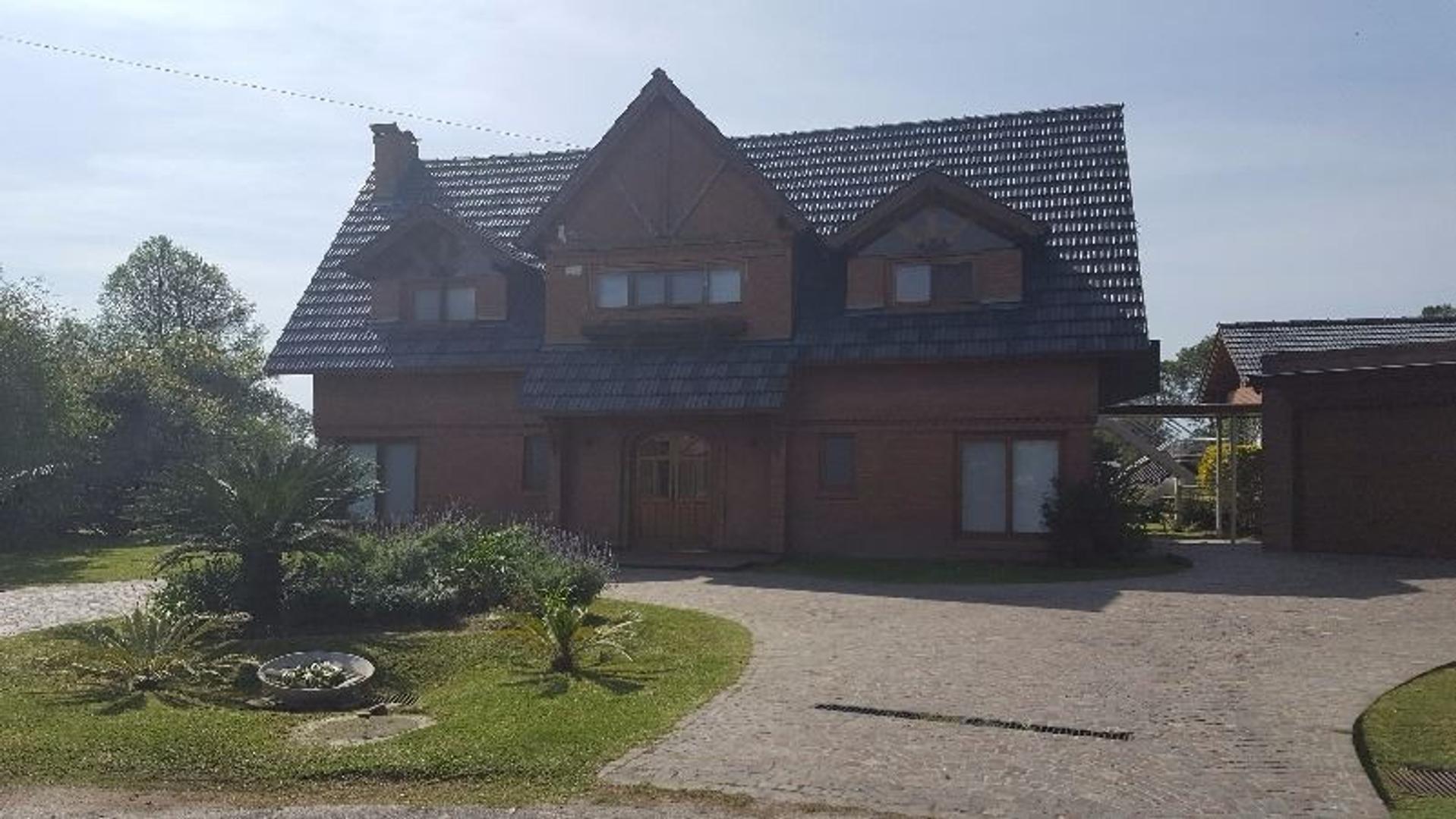 Excelente casa en Náutico Escobar CC con inmejorable vista al golf