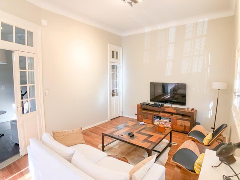 Casa en Venta - 5 ambientes - USD 448.000