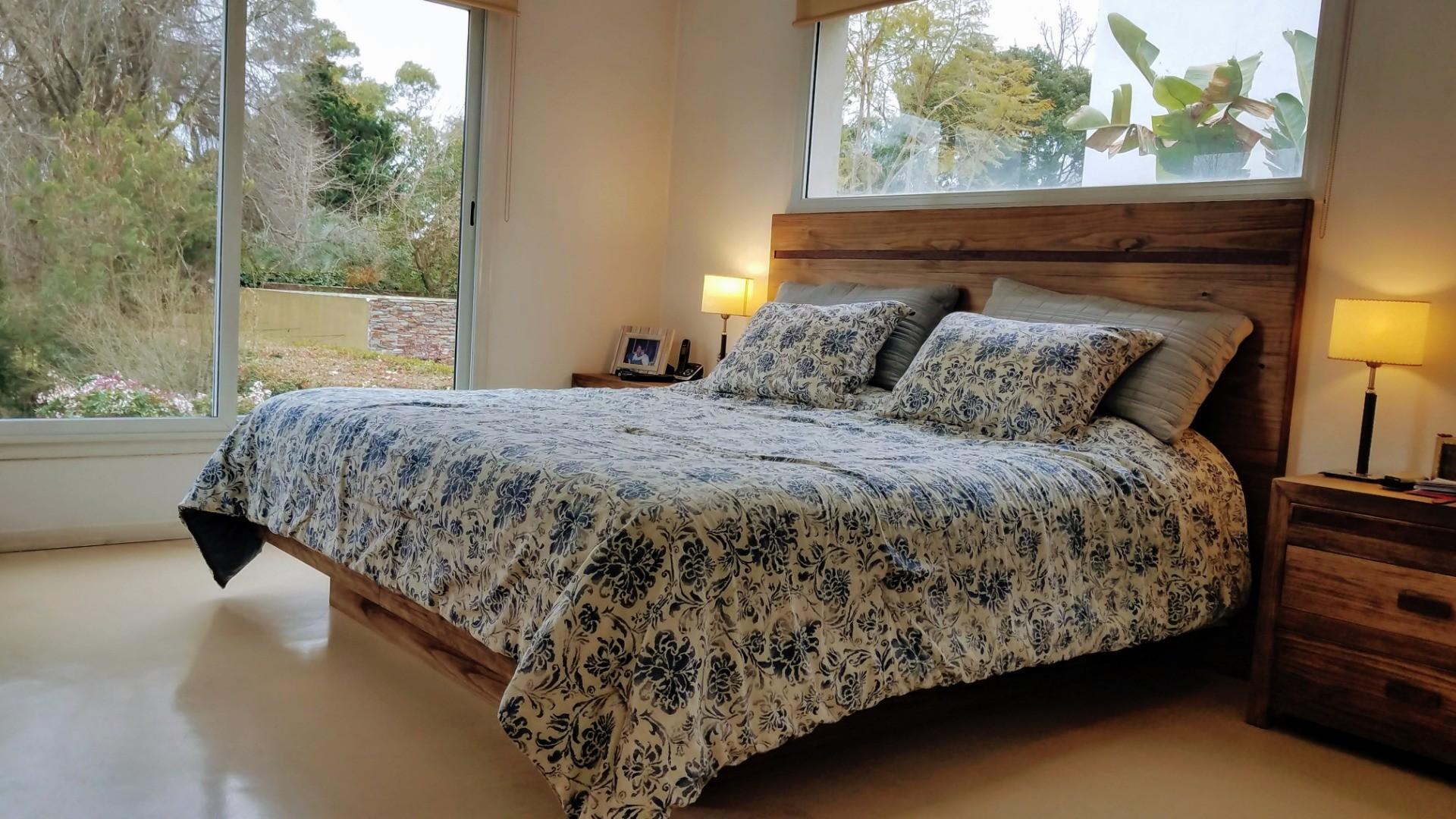 - Espectacular casa de muy  buen gusto, onda  y calidad, ubicada en una muy lindo lugar! - - Foto 16