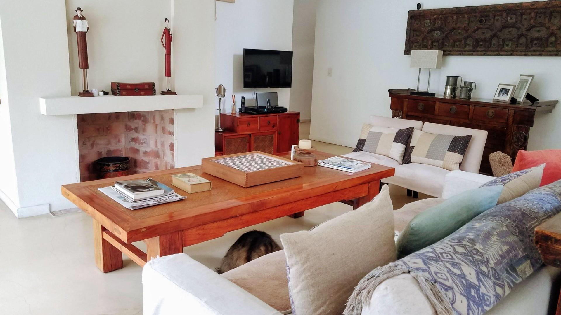 Casa en Venta - 4 ambientes - USD 690.000