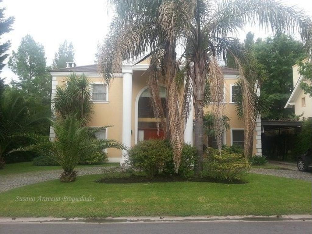 Excelente casa en venta -La Caballeriza-Pilar