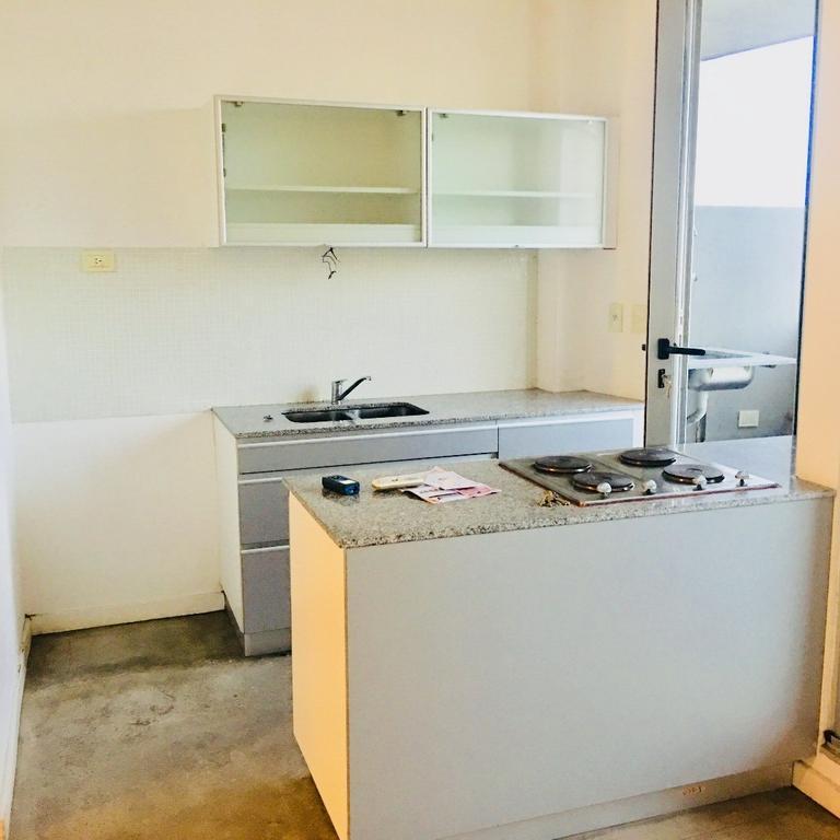 Alquiler departamento de 2 ambientes con balcon parrilla propia lavadero y cochera