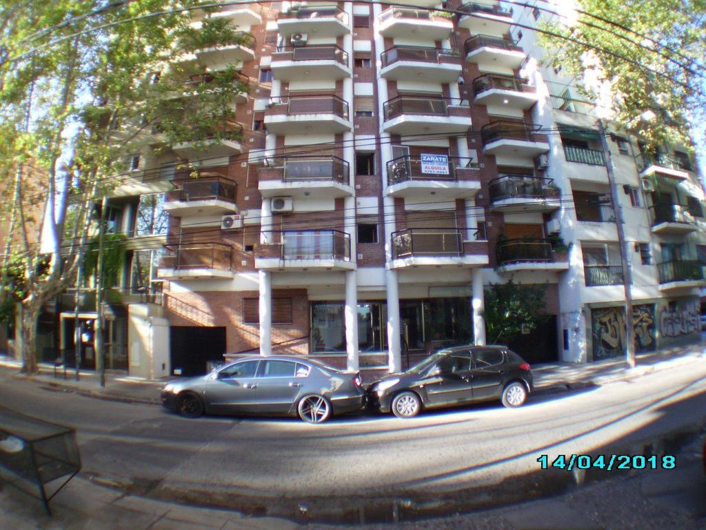 Dpto  2 ambientes con 2 balcones y 2 cocheras
