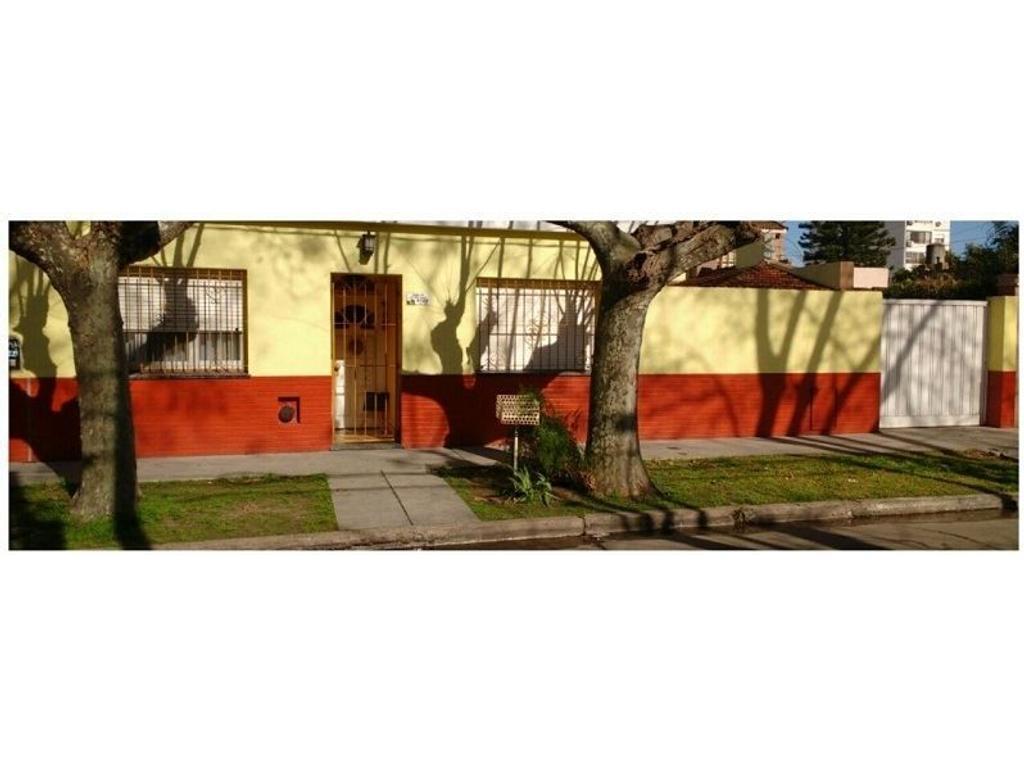 Casa en venta en san juan 4120 villa ballester for Jardin belen villa ballester