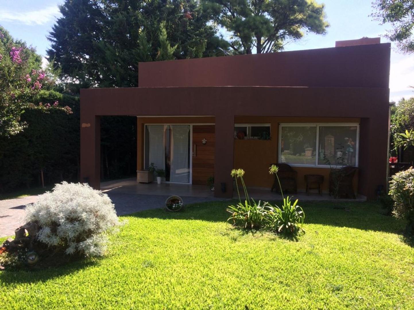 Casa  en Venta  C.C. Banco Provincia, Zona Oeste - OES0866_LP117867_1