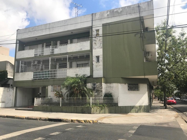 Venta Departamento 1 ambiente con amplio patio Flores APTO CRÉDITO BANCARIO.