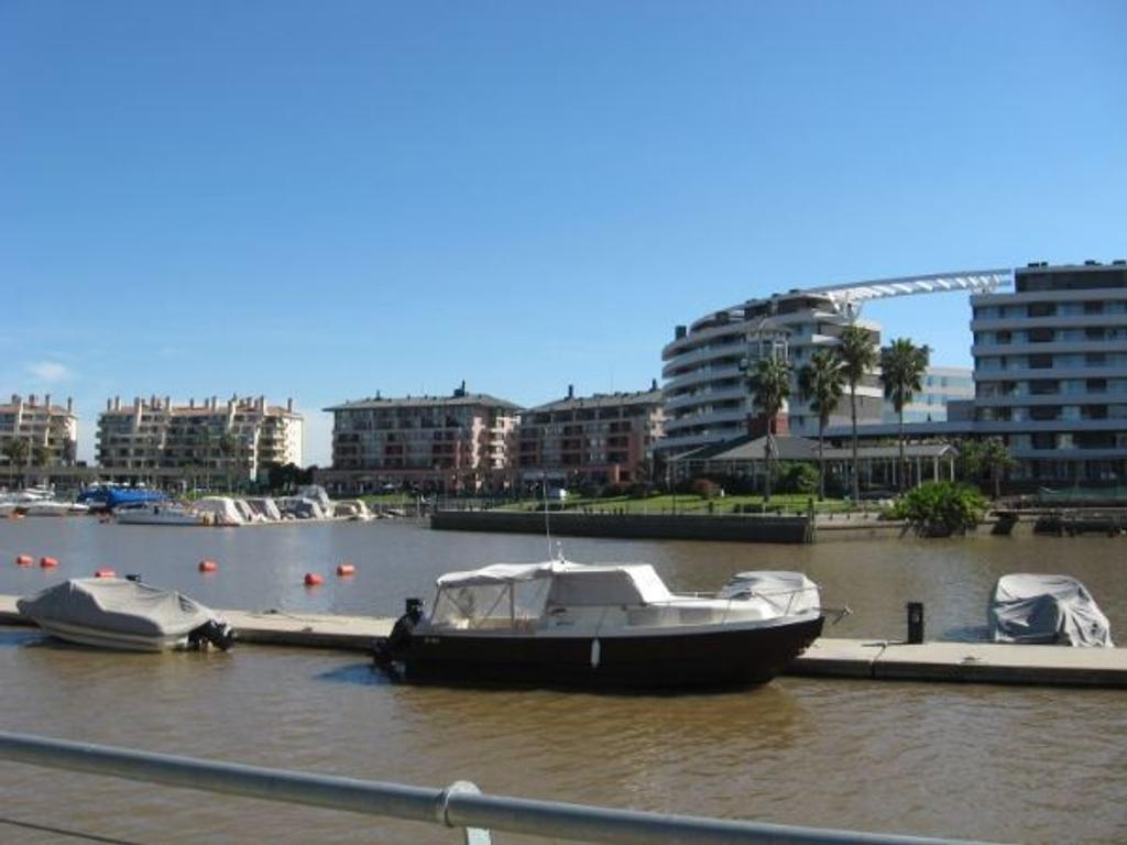 Lote 970 m2 en Barrio El Yacht - Nordelta