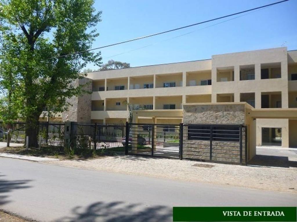 Departamento en Venta en Las Campanillas, Pilar - Con Terraza